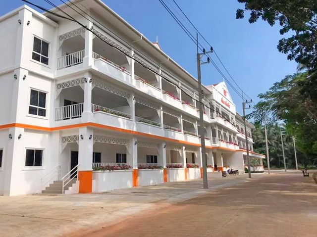 Chumphon Coral Beach Condominiums